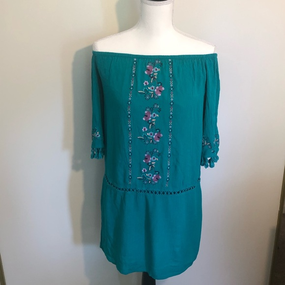 Xhilaration Dresses & Skirts - Boho turquoise tunic off the shoulder floral